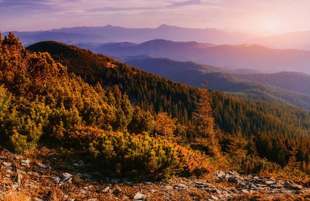 Фантастический закат в горах