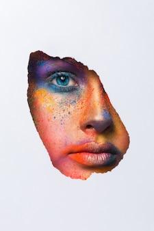 Модное творческое искусство макияжа. абстрактный красочный состав заставки. фестиваль холи