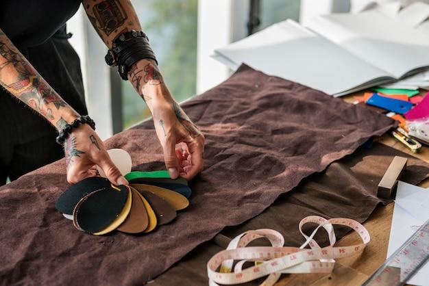 Модный дизайнер стильный выставочный зал концепция