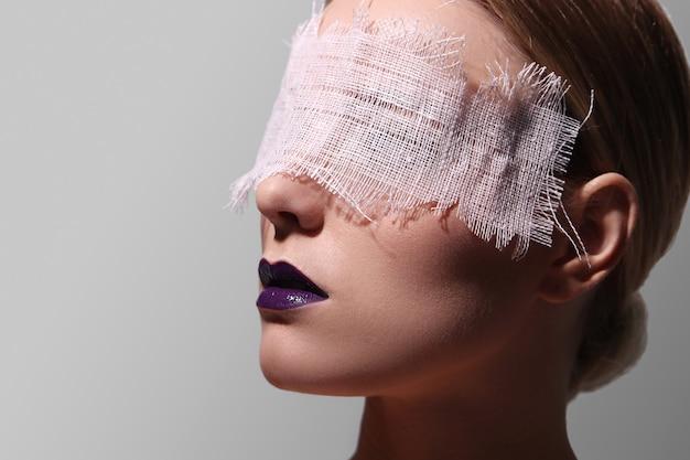 女性のファッションの肖像画