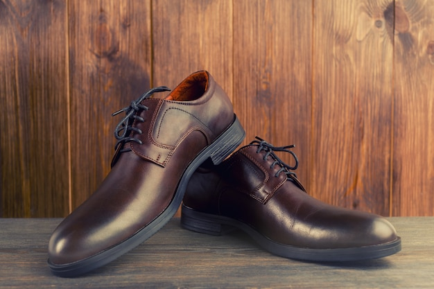 Модные мужские классические коричневые туфли