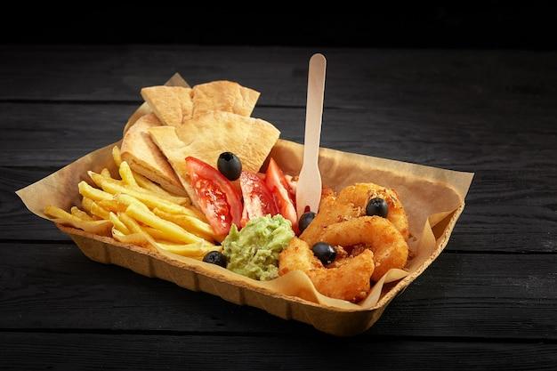 ファーストフードと不健康な食事の概念