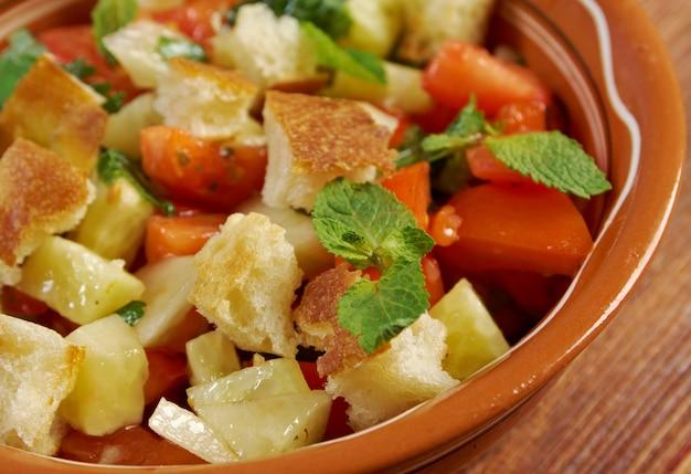 Фаттуш - ливанский салат. вкусная арабская кухня