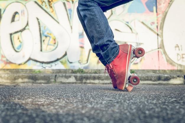 Feet roller skatitng
