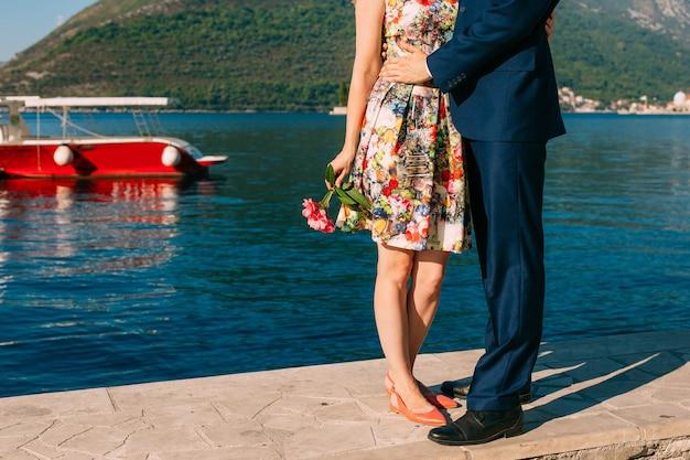 Dock에 여성 및 남성 피트