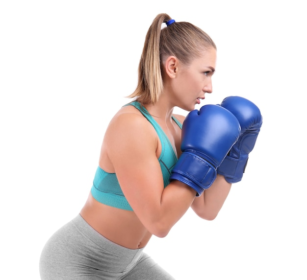 Женский боксер на белом фоне