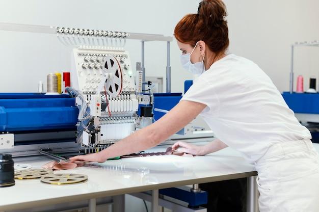 Женский бизнес-владелец рабочий портрет
