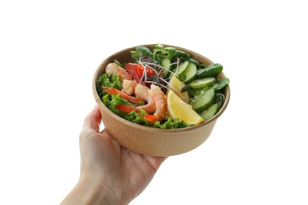 여성 손 보유 새우 샐러드, 흰색 배경에 고립