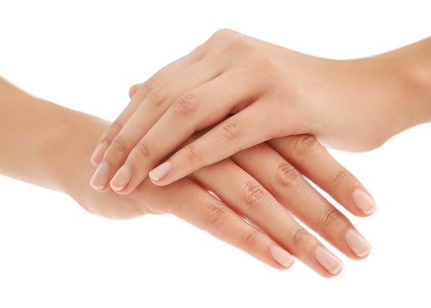 Женские руки. понятие маникюра