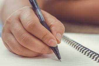 女性、手、ペン、手紙、手紙