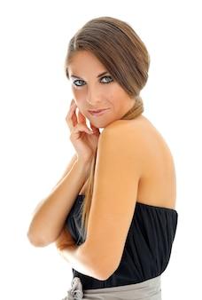 スモーキーアイメイクの女性モデル