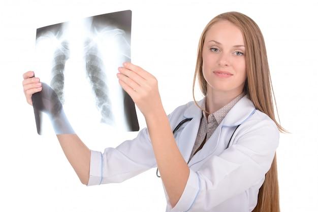 分離された白の女性放射線技師。