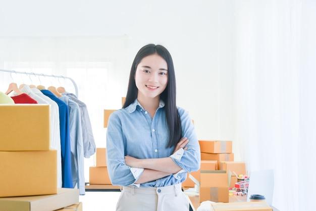Владелец малого бизнеса женского стартапа