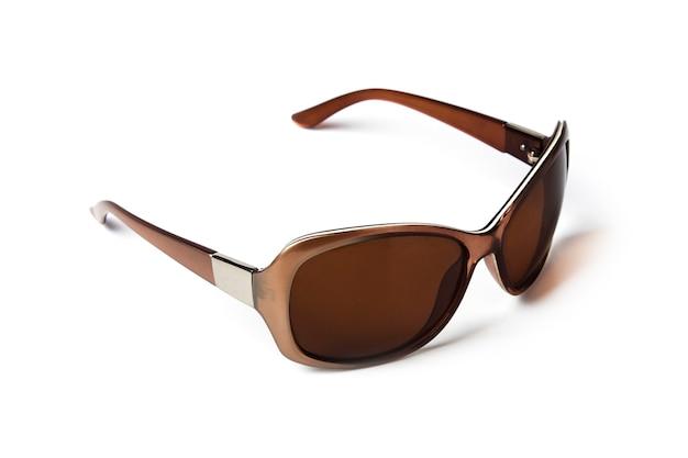 여성 선글라스 가까이 흰색 절연 프리미엄 사진