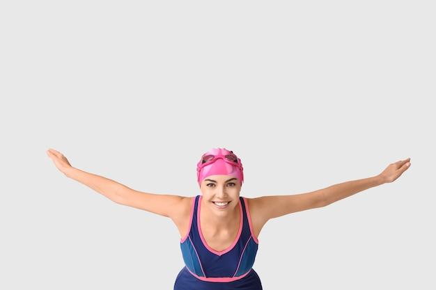 Пловец готов прыгать, копировать пространство