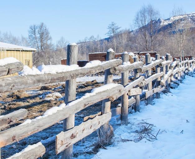 カムチャッカの農場の柵