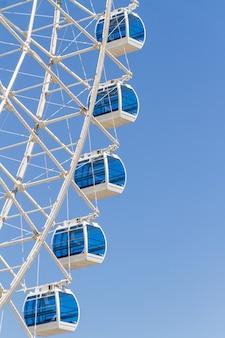 Колесо обозрения rio star, самое большое колесо обозрения в латинской америке в рио-де-жанейро, бразилия.