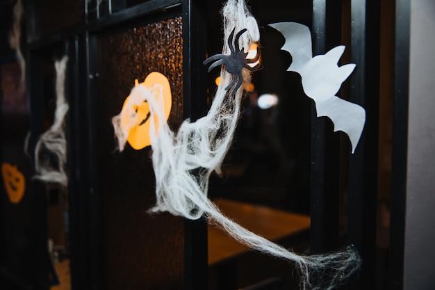 Праздничное оформление на хэллоуин