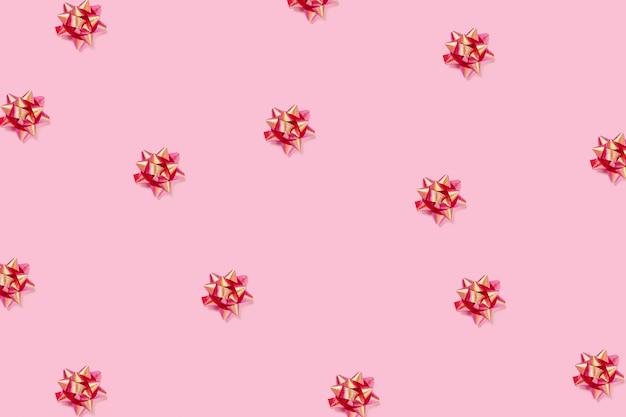 お祝いのピンク。