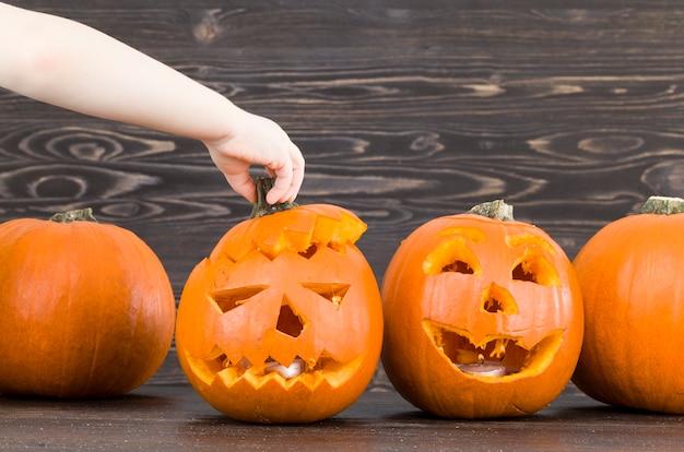 Праздничная тыква для украшения хэллоуина