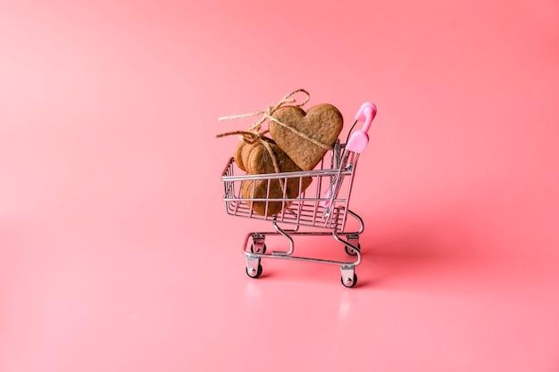お祭りバレンタインデーホリデーフラットレイ。毎年恒例のホリデーショッピングのコンセプトとリーズナブルな消費。