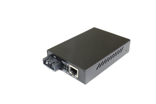 Fiber optic media converter with metallic rj45 connector and sc fiber optic connector