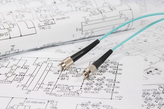 전기 공학 도면의 광섬유 패치 코드 케이블