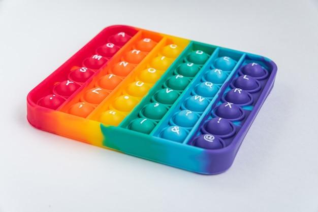 Fidget pop it toy color arcobaleno - antistress, divertente ed educativo