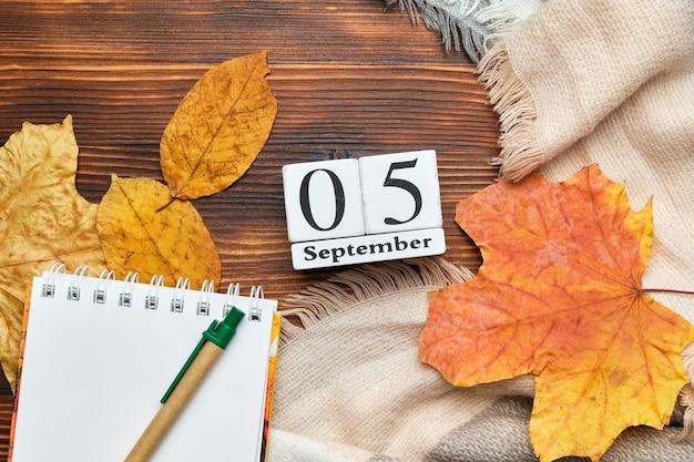 Fifth day of autumn month calendar september