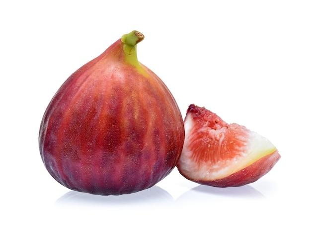 白い背景で隔離のイチジクの果実