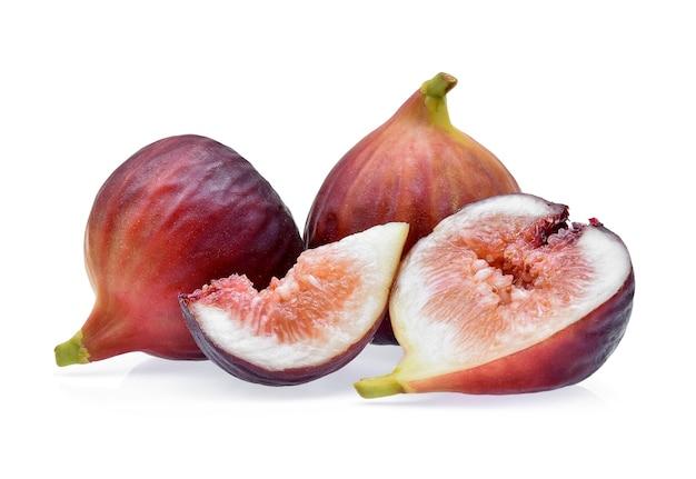 Плоды инжира, изолированные на белом фоне