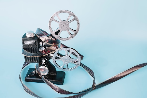Film projector with cinema reel