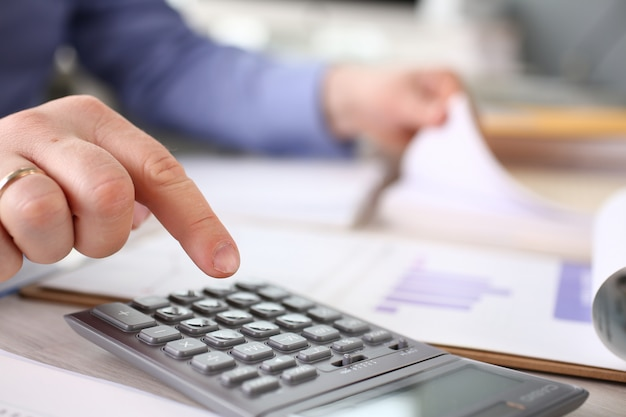 Finance budget tax calculation expenses report
