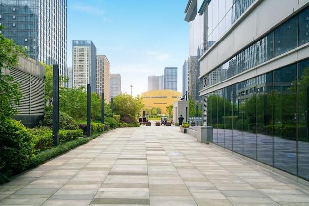 금융 센터 플라자 및 사무실 건물, 충칭, 중국