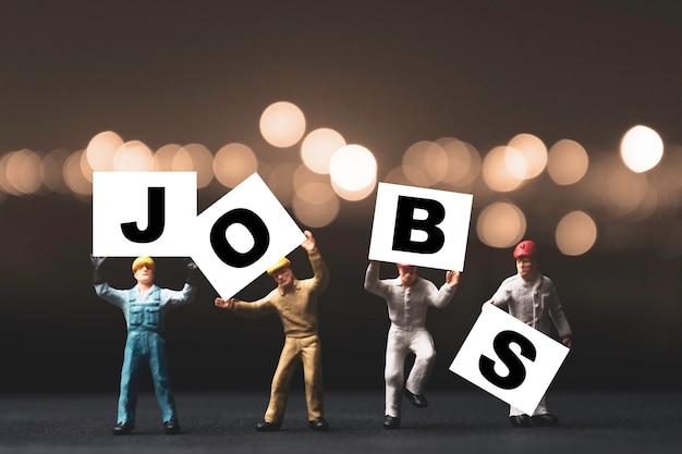 경제 불황 위기 개념으로 인한 일자리 찾기 및 검색