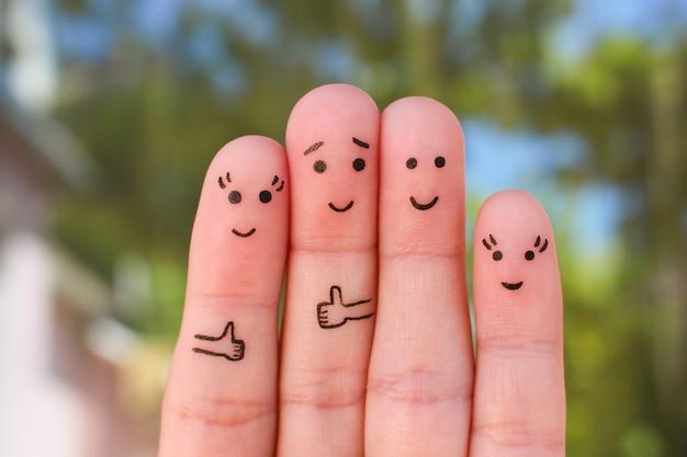 Пальцы искусство семьи. концепция группы людей в отпуске.