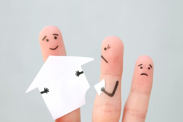 싸움 중 가족의 손가락 예술. 남자와 여자의 개념은 이혼 후 집을 나눕니다.