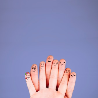 Fingers with funny faces