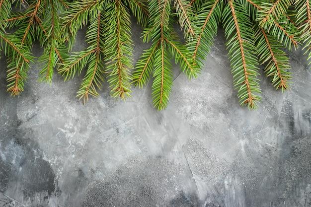 빈티지 크리스마스에 전나무 지점입니다. 크리스마스 전나무와 가문비 나무 가지의 겨울 갈색 어두운, 평평한 누워 및 평면도. 크리스마스와 새해 테두리