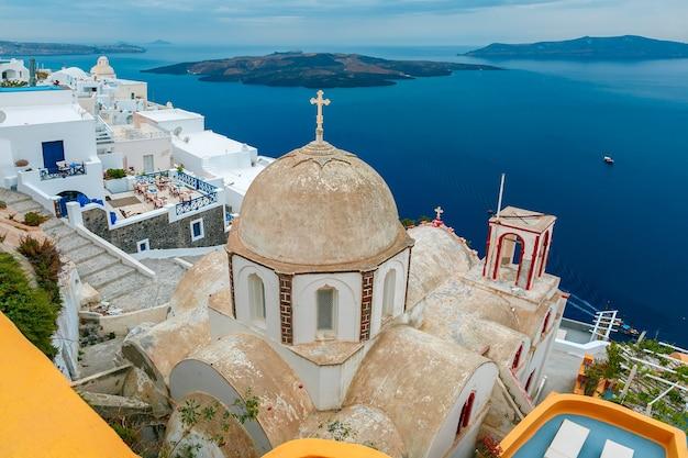 ギリシャ、サントリーニ島の主要な町、フィラ
