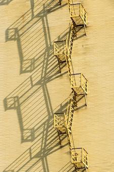 Пожарная лестница на дом