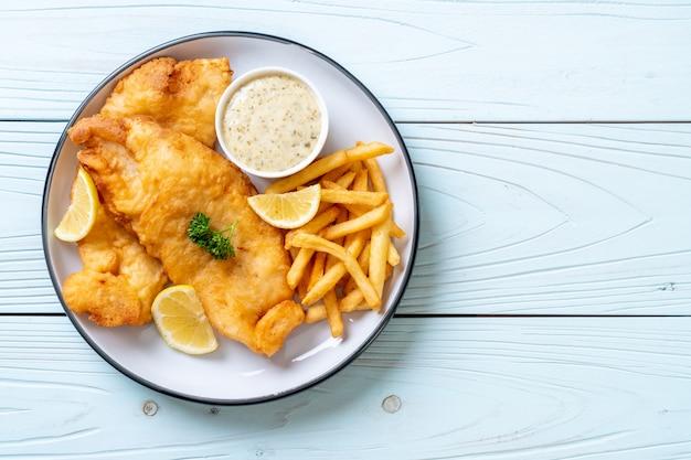 Рыба и чипсы с картофелем фри