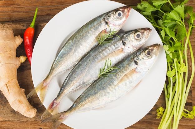 Fish mackerel,Œraw mackerel with and spices