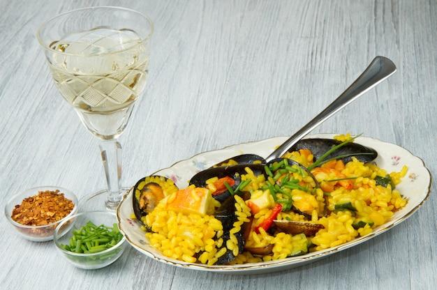 Fish paella
