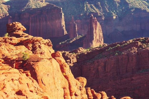 유타의 피셔 타워, 특이한 자연 경관