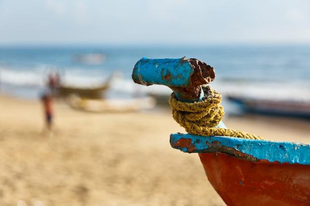 ビーチで漁師のボート