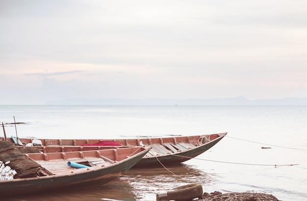 カンボジア、ケップの漁船