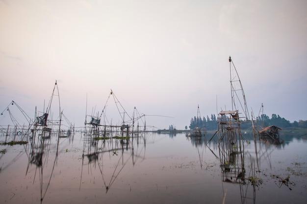 Лестная рыбалка, туек садунг в таиланде, на рассвете