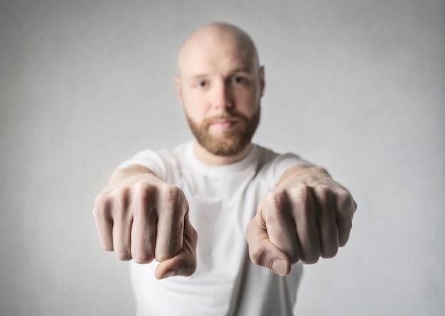 Fist game hiding