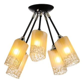 5つの調整可能な色合いの5ランプシャンデリア。白い背景で隔離の天井ランプ